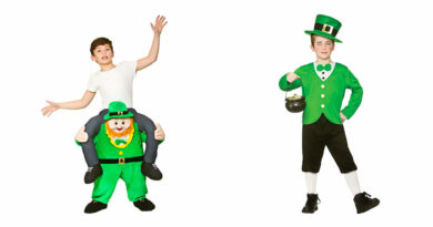 leprechaun kostume til børn carry me leprechaun børnekostume sankt patricks kostume til børn sankt patriksdag kostume til børn st patricks dag kostume børn børnekostume 390x205 - Sankt Patricks kostume til børn