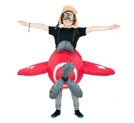 oppustelig flyvemaskine børnekostume 450x413 - Oppustelige kostumer til børn