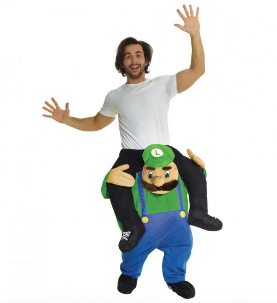 carry me luigi kostume 935x1024 - Super Mario kostume til voksne