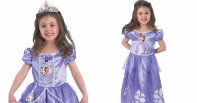 sofia den første kostume, sofia den første kjole, sofia den første udklædning, prinsesse kostume, sofia den første fastelavnskostume, sofia den første fastelavnskostume til børn, sofia den første kostume til børn