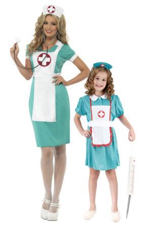 sygeplejeske kostume til mor og barn forældre og børn udklædning sygeplejeske fastelavnskostume til forældre og barn