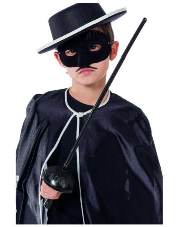 zorro udklædning børn 372x450 - Zorro kostume til børn - den maskerede hævner
